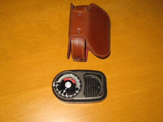 Master II Model 735 Exposure Light Meter and Leather Case Weston Electric 1940s