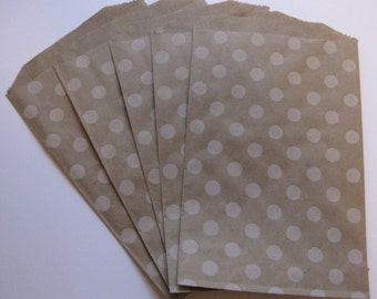 "Set of 10 Soft White Polka Dot Kraft Middy Bitty Bags (5"" x 7.5"")"
