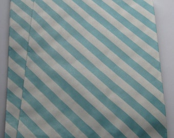 "Set of 20 Aqua and White Diagonal Striped Bigger Bitty Bags (6.25"" x 9.25"")"