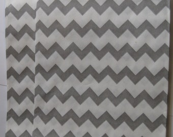 "Set of 10 Gray and White Chevron Design Middy Bitty Bags (5"" x 7.5"")"