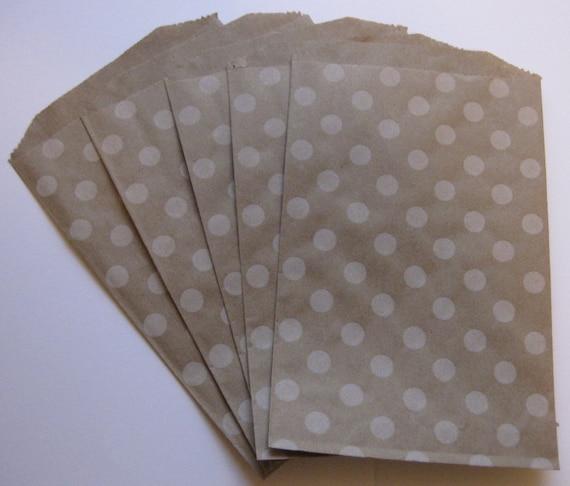 "Set of 10 Soft White Polka Dot Kraft Middy Bitty Bags (5"" x 7.5"")"