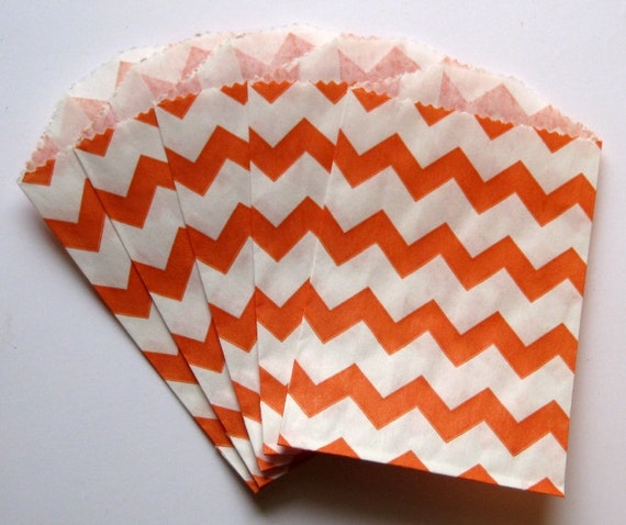 "Set of 10 Orange and White Chevron Bitty Bags (2.75"" x 4"")"
