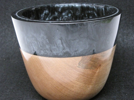Unique Handcrafted Wooden Bowl made of Maple Wood with an Black Resin Pearl Rim