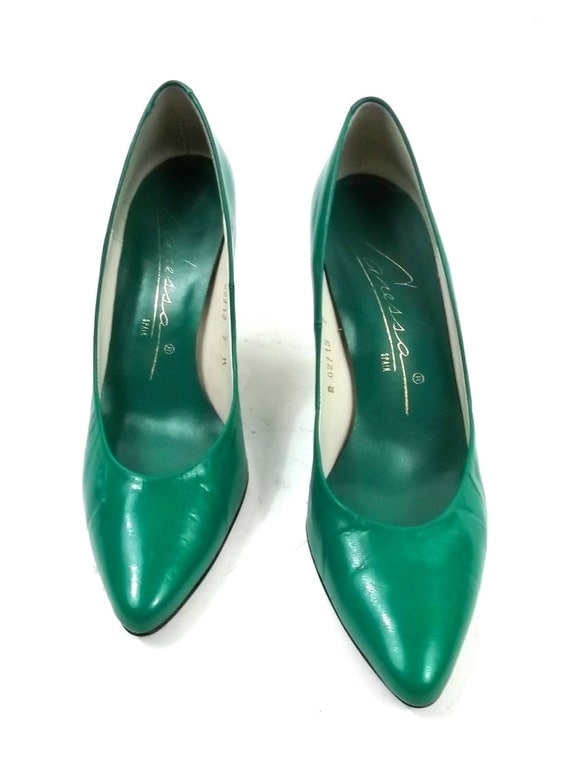 emerald green leather heels size 7 womens vintage shoes