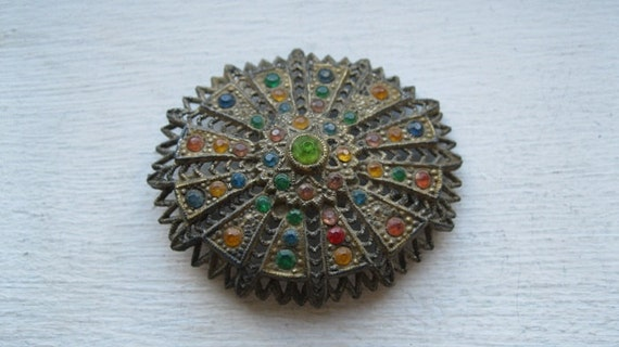 Antique victorian brooch with paste stones