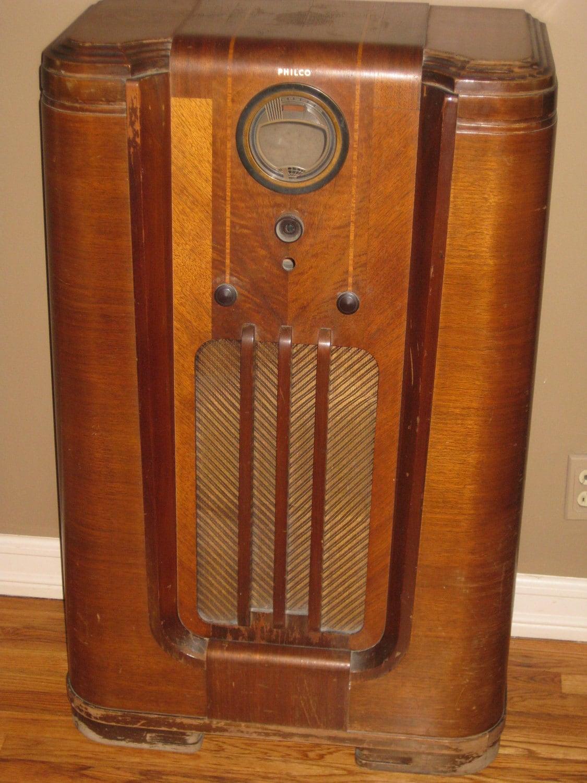 Vintage 1940s Philco Floor Radio Case