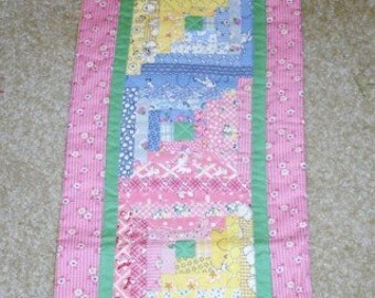 Log Cabin Aunt Grace 30s reproduction fabrics scrappy quilted table runner-9 by 33 inches