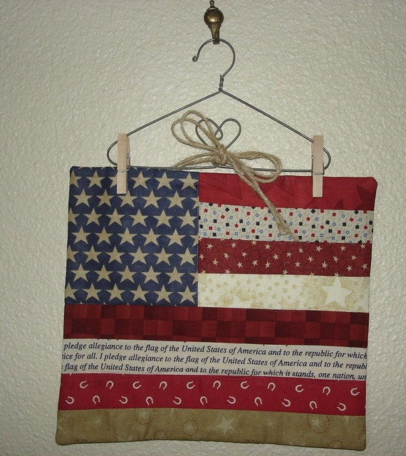 Small Usa Flag Quilted Wall Hanging Wire Hanger Pledge Of
