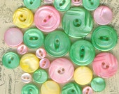 29 Vintage Mother of Pearl Buttons Pink Green & Yellow Mixed Colors Lot of MOP Sewing Buttons Some are Carved