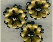 Clearance ~ Unusual Set of 3 Vintage 3D Plastic Flower Floral Sewing Buttons ~ Black & Gold ~ 15/16 inch 24mm
