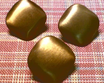 Set of 3 Vintage Square Brass Sewing Buttons ~ Brushed Satin Finish ~ 3/4 Inch 19mm ~ Gold Metal Buttons