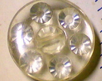 Unusual Set of 5 Vintage Clear Plastic Rhinestone Look Buttons Original Card 3/4 Inch 19mm Sewing Buttons