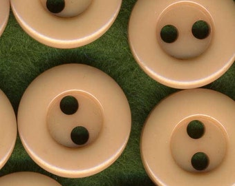 Terrific Lot of 35 Vintage Flesh Tan Plastic Sewing Buttons ~ 1/2 inch 12mm ~ Perfect for Craft Projects!