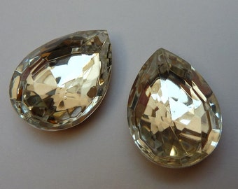 2 glass jewels,18x13mm, crystal, pear