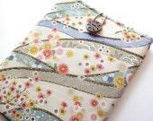 Kobo mini cover, Kindle Case, Kobo glo Sleeve Kimono cotton fabric chrysanthemum flowers white