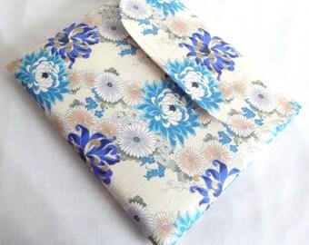 Kimono iPad Sleeve - iPad Case - iPad Cover - Padded Tablet case - Flap Closure Japanese Cotton Fabric chrysanthemum blue