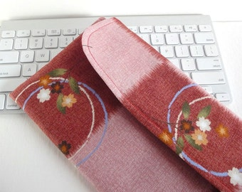 Apple Wireless Keyboard Sleeve Case Cover Padded Flap Closure Kimono pattern fabric block check pink red