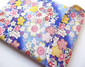iPad mini bag Kindle paperwhite case Kobo glo cover padded tablet case - Kimono cotton fabric cherry blossoms blue