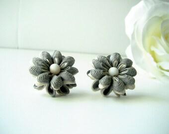 Gray and White Rick-Rack Earrings