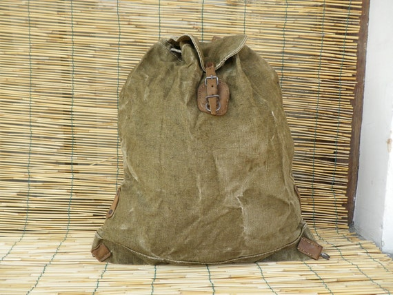 Vintage 1940's Military WWII Washed Out Green Canvas Backpack