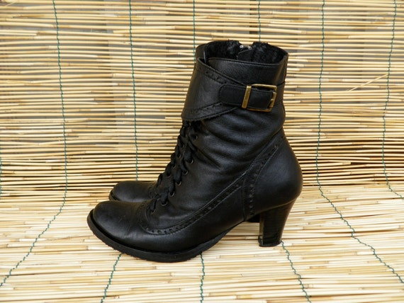 Vintage Lady's Black Leather Lace Up Zip Up Booties With Side Buckle Size EUR 36 / US Woman 6