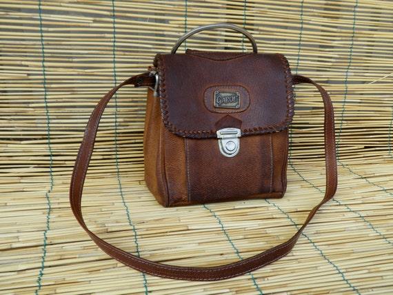 Vintage Lady's 1980's Distressed Brown Leather Shoulder Strap Bag