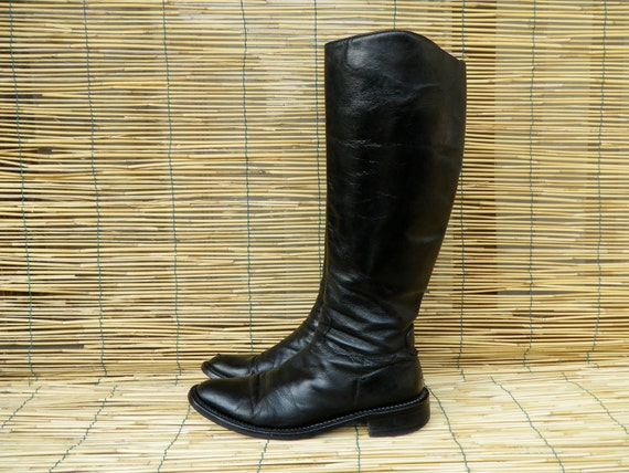 Vintage 90's Lady's Black Leather Riding Flat Boots  Size: EUR 38 / US Woman 7 1/2