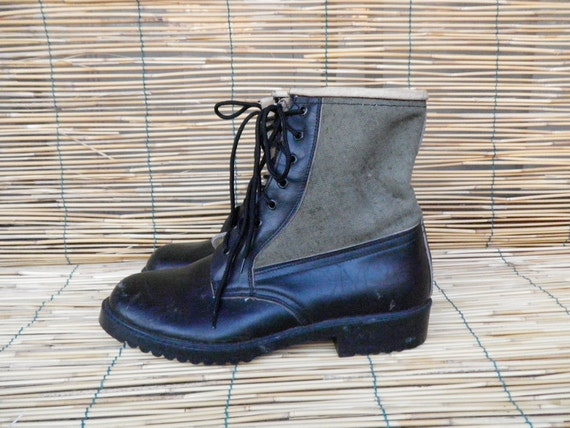Vintage 1970's Lady's Black Leather and Green Canvas Lace Up Army Boots  Size: EUR 40 / US Woman 9