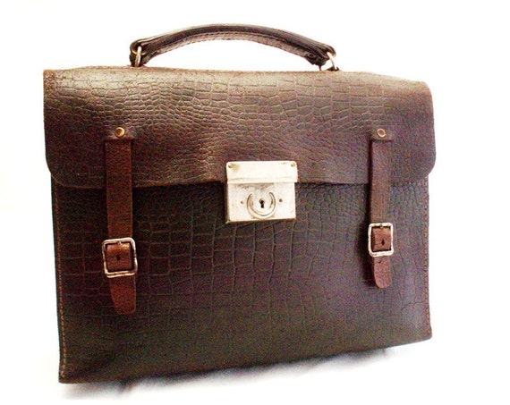 Vintage, Chocolate Brown Leather Briefcase/Bag with Crocodile Embossed Detail.