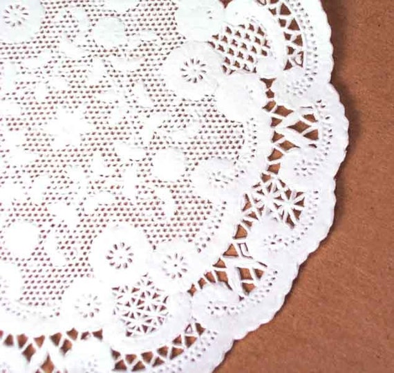 French Paper Doilies- 50 doilies- 4 inch, white