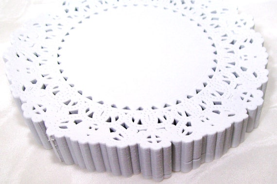 White Paper Doilies - 100 doilies - 5 inch, Normandy style