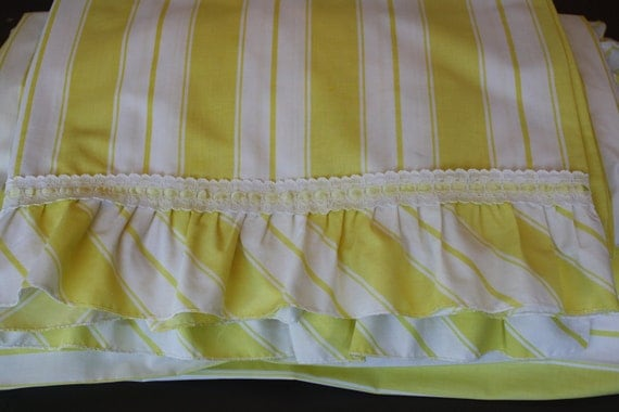 Vintage Twin Sheet Set 1970's, Yellow and White Stripes with Lace
