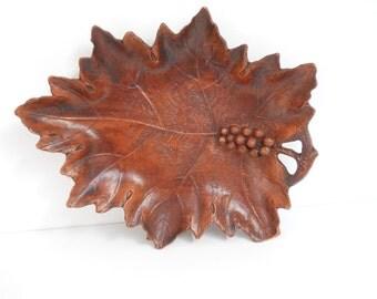 Vintage Grape Leaf Composition Tray
