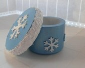 Snowflake box - blue box, jewelry box, ring box, trinket box, snowflake decor, winter decor, ice blue crushed velvet