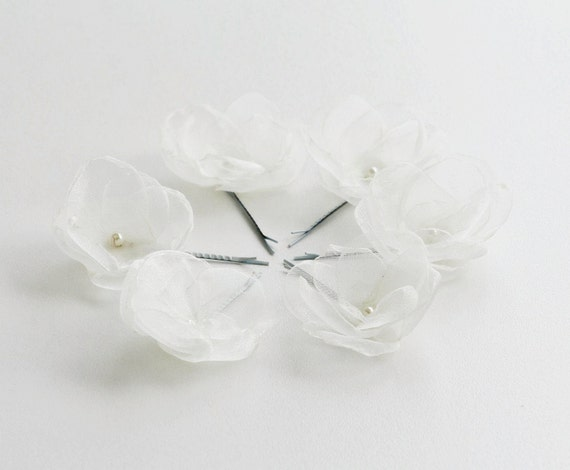 Set of 6 Organza Flowers Bobby Pins in Ivory