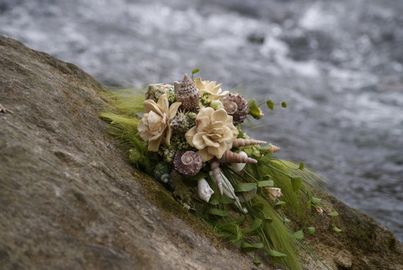 Sea shell and Wood flower Bouquet