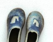 Felted slippers for boy Horses brown blue green - jurgaZa