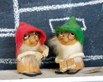 Vintage Gnomes - Pair of Wooden Gnomes - Handmade Holiday Gnomes Japan Gnome Figurine