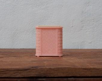 Miniature Dollhouse Pink Hamper Doll House