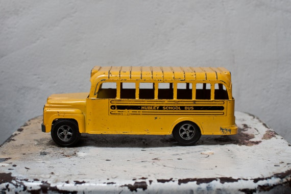 Hubley Toy School Bus Diecast Metal