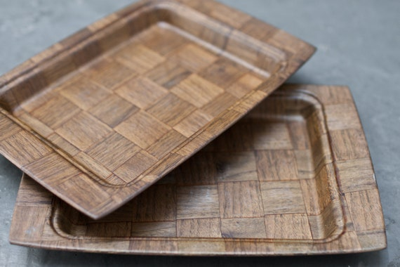 Set of Two Small Weavewood Plate Trays