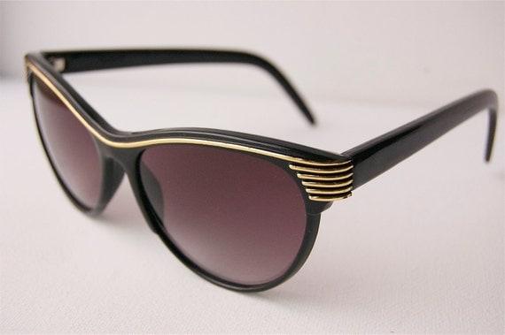 Womens Cat Eye Black Sunglasses A15