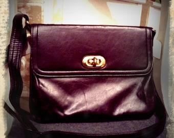 S A L E  ///    Black Pleather 1960s Bag