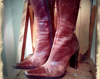 CROSSROAD   ///     Worn Leather Boots