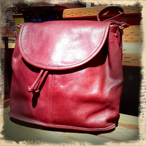 DRAW   ///   Cordovan Red Dreawstring COACH Satchel