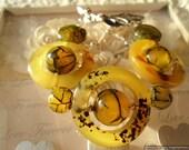 Unusual Yellow Circle Dragon Vein Agate Bracelet-  Balancing Heart Chakra, Snake Skin Agate, Green Yellow Spring Cuff