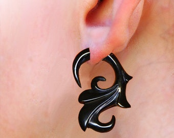 Fake Gauges - Floral Curls - Black Horn Earrings, H03