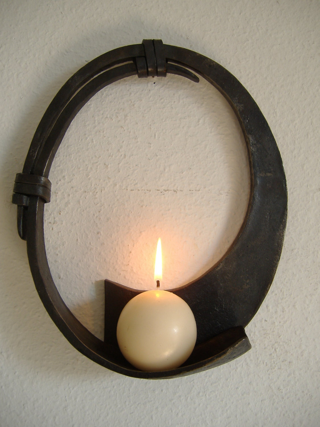 Circular Wall Sconce Candle Holder : Round Candle Wall Sconce