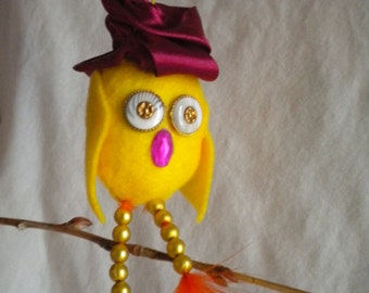 Easter Day Ornament, Mary the Easter Chick