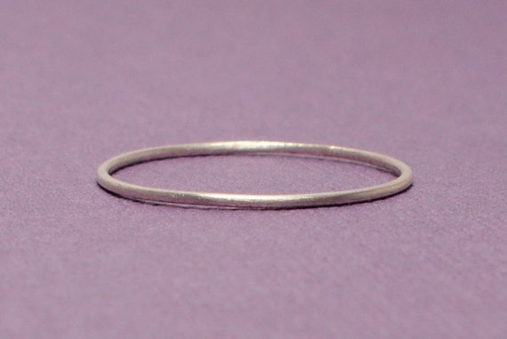 Size 6 Teeny Weenie Ring (Sterling Silver)